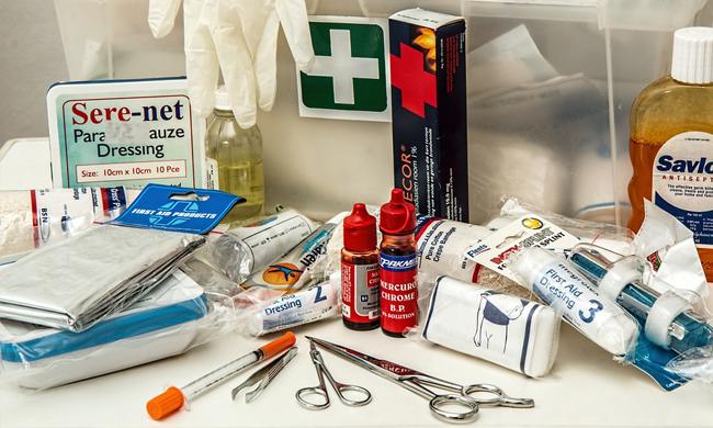 Vybavení domácí lékárničky