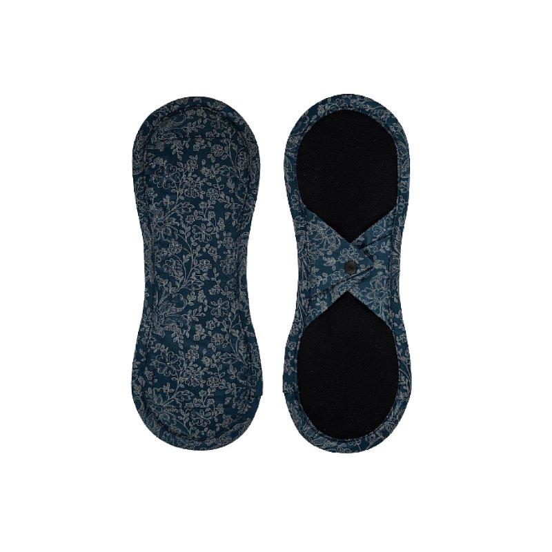 BAMBOOLIK Vložka látková menstruační satén (patentky), Tmavě modré ornamenty