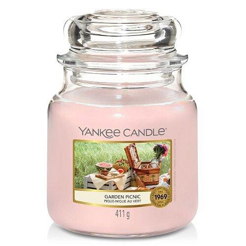 Yankee Candle Aromatická svíčka Classic střední Garden Picnic  411 g