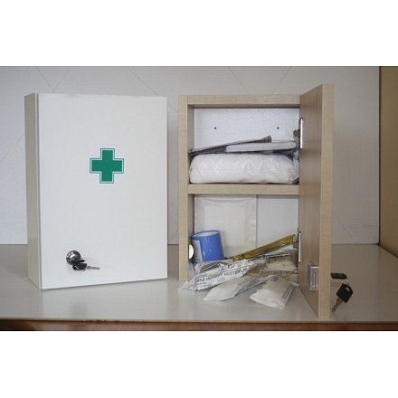 Lékárnička bílá dřevěná s náplní do 5 osob-ZM 05