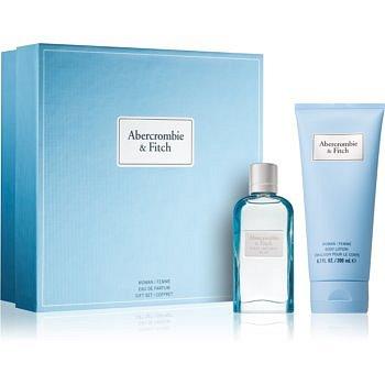 Abercrombie & Fitch First Instinct Blue dárková sada III. (pro ženy) parfémovaná voda 50 ml + tělové mléko 200 ml